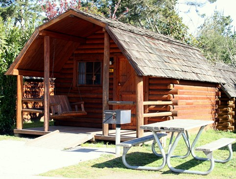 Stay 1 night, get 2nd night 50% rustic cabin Photo