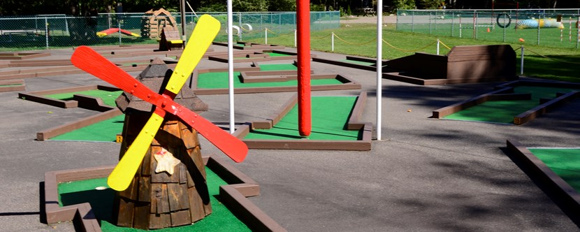 Come play a round with the kids!