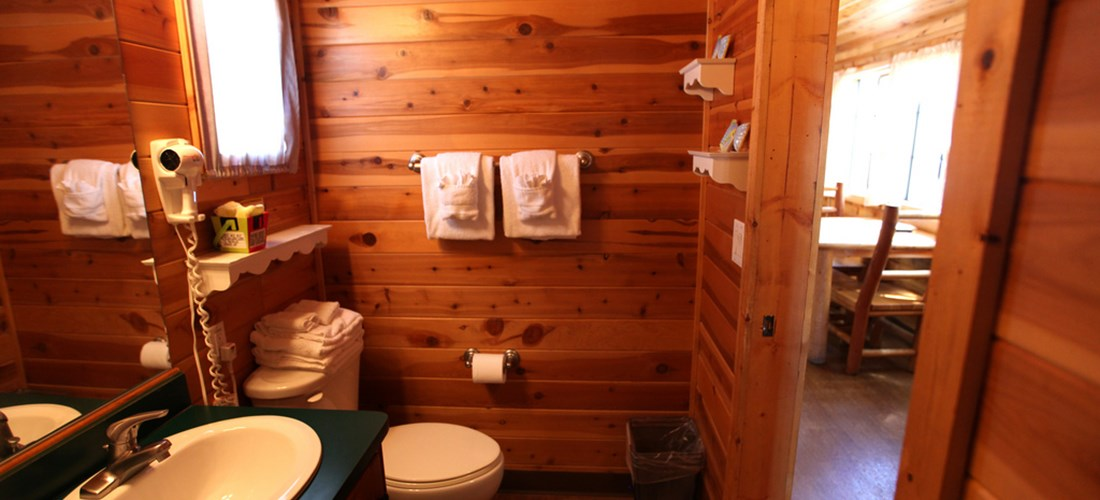 This cabin comes complete with a full bathroom.