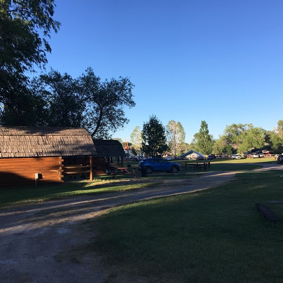 Cabins & Tent Sites