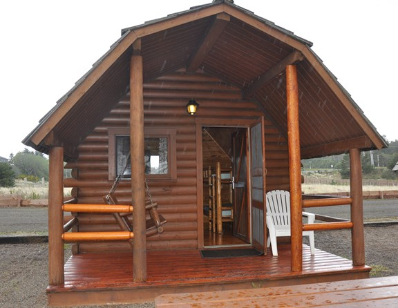 We have 15 kabins, 2 Coastal Cottages, and 2 Kamping Lodges. Our accommodations are a great alternative to hotels.