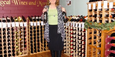 Free Wine Tasting at Mustang Mall in Sunizona