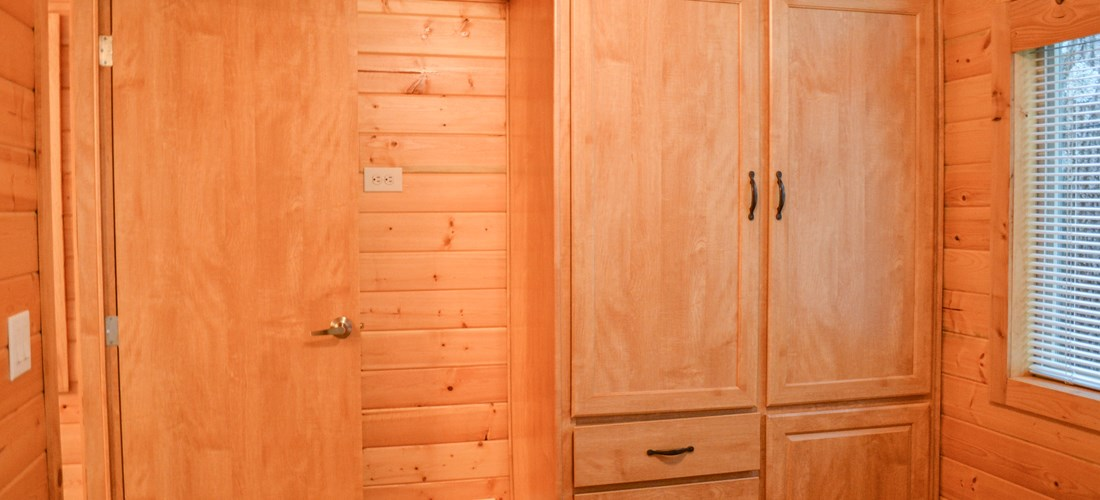 There is plenty of storage available within the bedroom to stay for the weekend or weekdays.