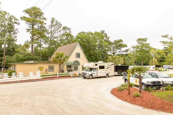 Welcome to the Wilmington KOA Campground & Hotel-Style Lodging in Wilmington