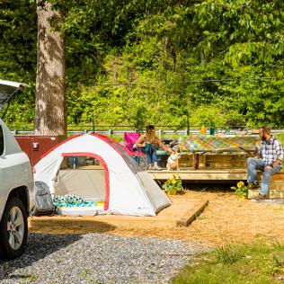 Tent Camping, Tent Sites & Campgrounds | KOA Camping